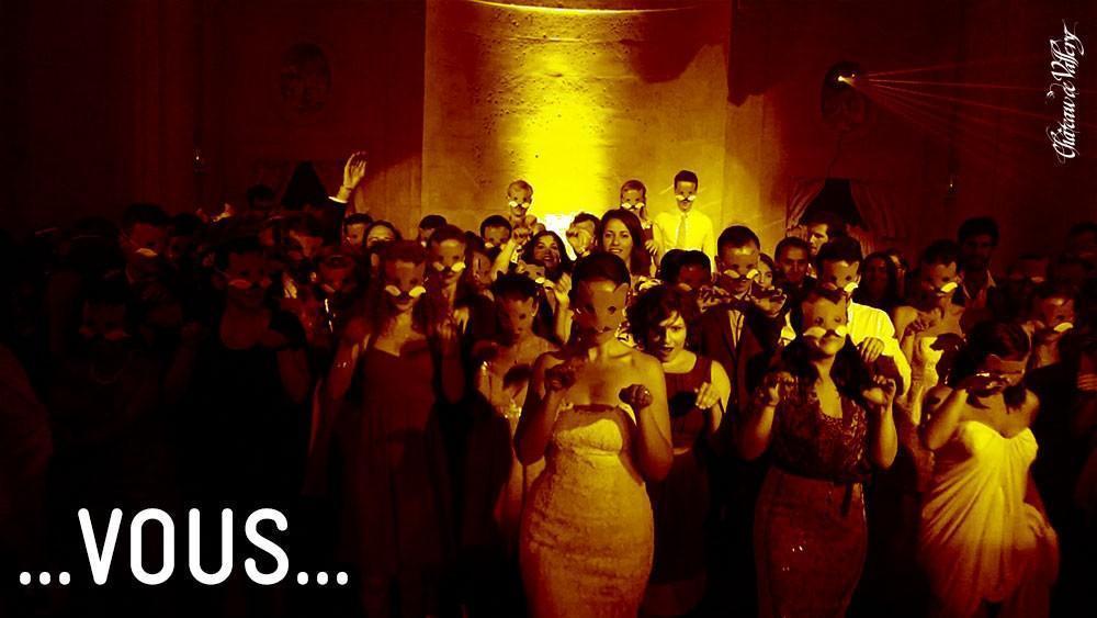 héron d'avril et mariés du Château de Vallery